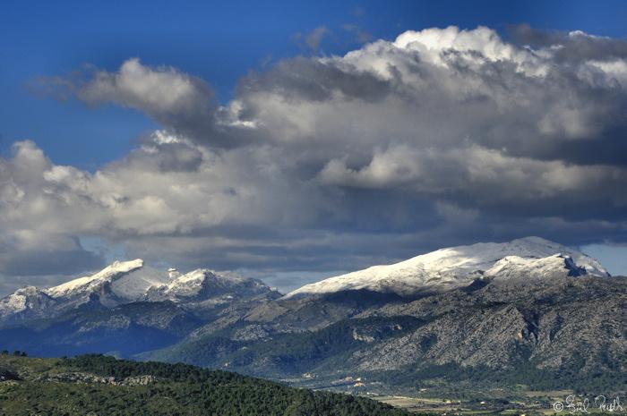 Neu a la Serra
